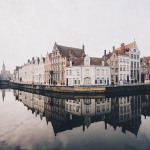Altstadt am Wasser in Belgien