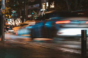 Auto bei Unfall mit Handy am Steuer